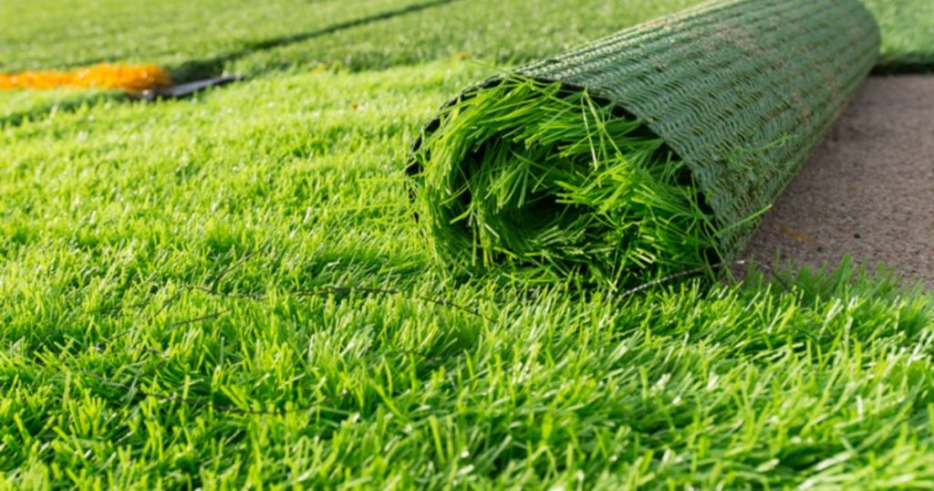 Artificial lawn can even come in a range of blade heights, sizes and colours